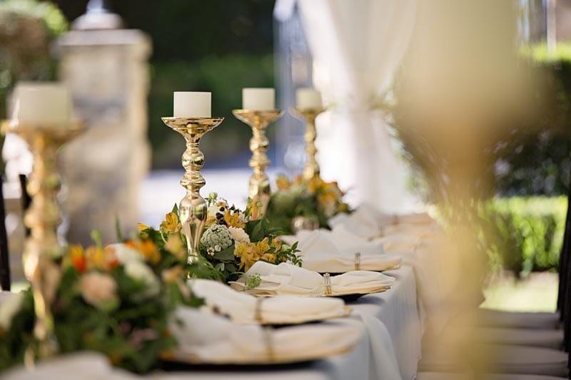 Casa de eventos com jantar de casamento reservado com software de gerenciamento de eventos Timely